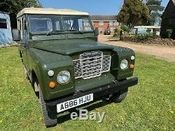 Classic car Land Rover Series 3