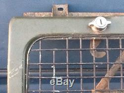 LAND ROVER series 3 Stage 1 V8 grille and front panel RARE