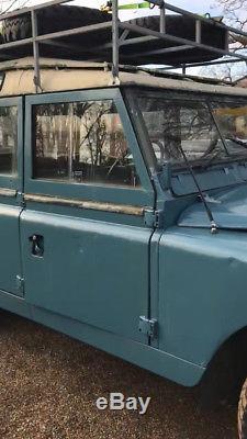 Land Rover 109 Series 3 Safari 1978