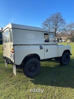 Land Rover Series 3 1971 Essex V6