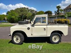 Land Rover Series 3 (wedding car)