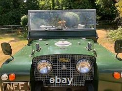 Land Rover Series One 80 lights through grill 1950