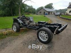 Land rover defender series v8 auto